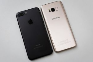 So Sánh Samsung Galaxy S8 Plus vs iPhone 7 Plus