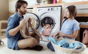 Lý do tại sao quần áo nhà bạn nhanh bị sờn rách