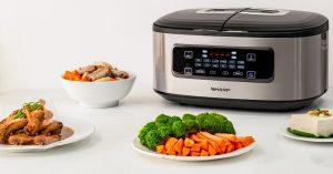 Nồi cơm điện tử SHARP KN-TC50VN-SL nấu được đến 4 món ăn cùng lúc