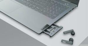Lenovo tung ra laptop kèm tai nghe không dây trong máy